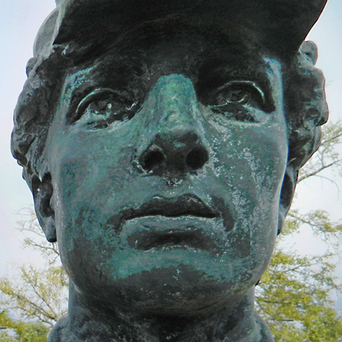 Photo detail of the Rifleman statue